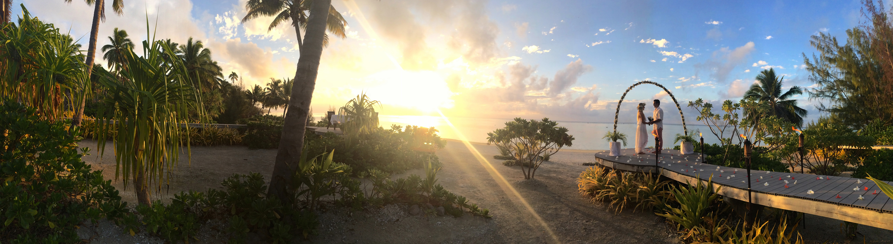 Honeymoon+Aitutaki-wedding+beach